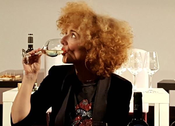 El vino es salud, el vino une, el vino es escuela de sentidos