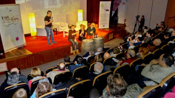 Publico vino Gasteiz
