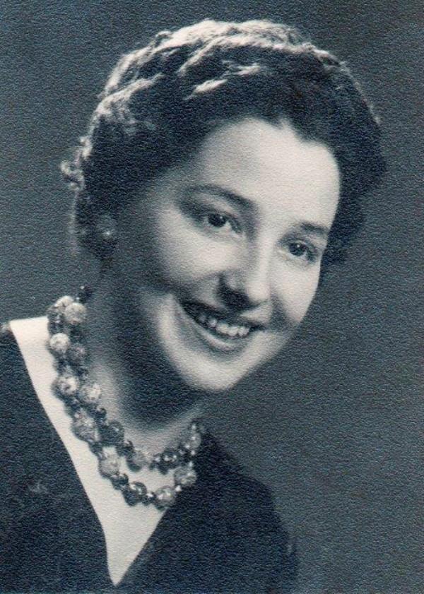 Lucia Santamaria