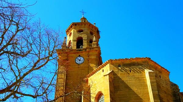 La torre de la iglesia de Leza