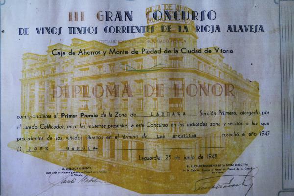 Diploma-padre-Elias