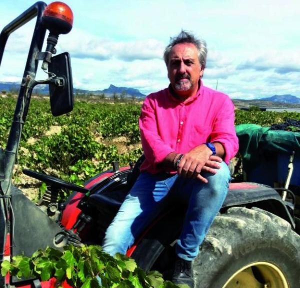 Carlos-Tractor