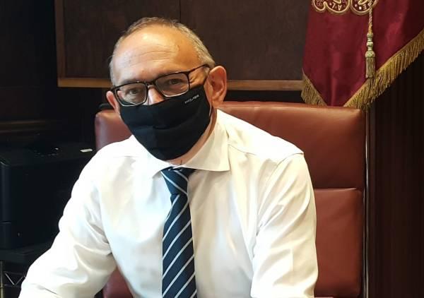 Ramiro González