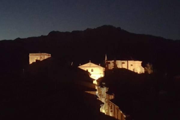 Laguardia-noche