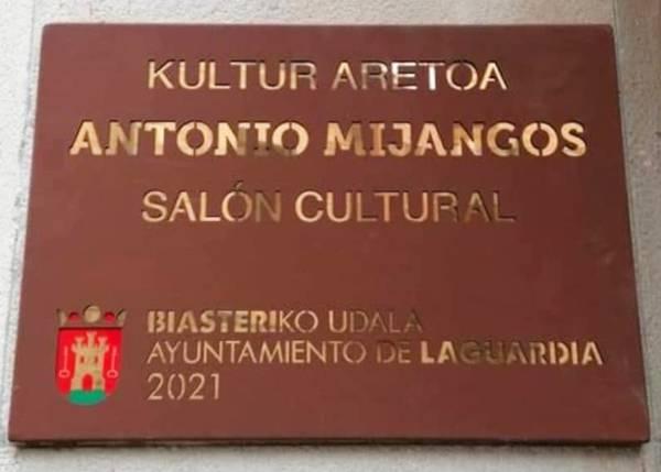Antonio Mijangos Martínez