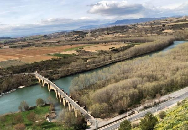Puente-Ebro