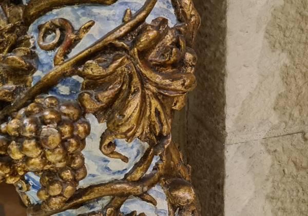Uvas-Columna